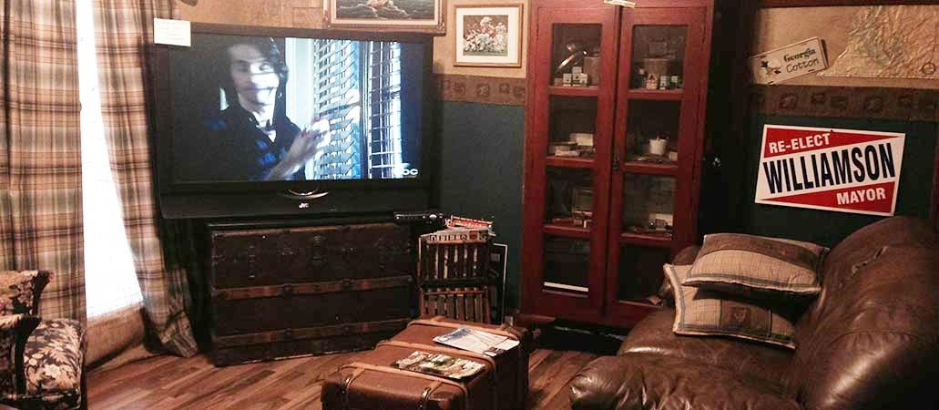 Fabric and Fringe Warehouse Customer Lounge